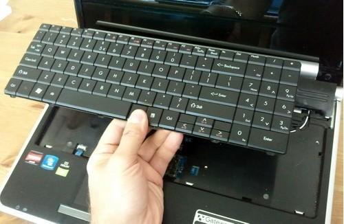 easyservice αλλαγη πληκτρολογιο laptop