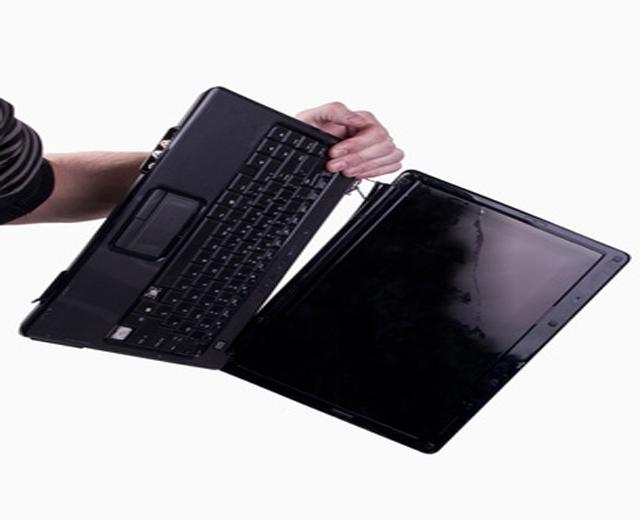 Επισκευή Μεντεσέδων Οθόνης Laptop